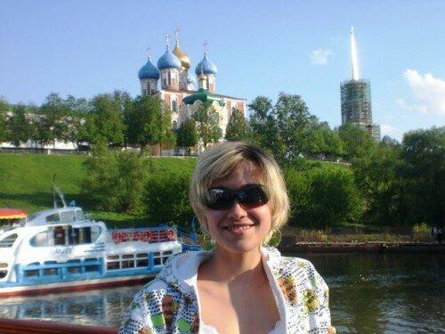 Теплоход на реке Ока в Рязани