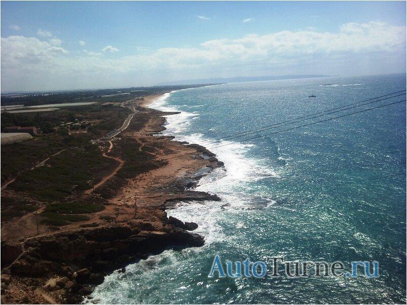 вид на хайфский залив со скалы