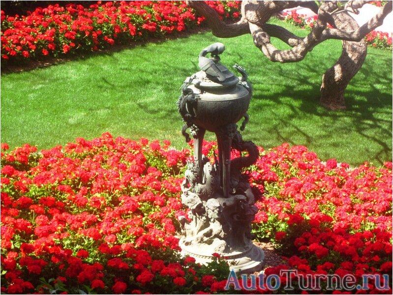 голуби-и-ящерицы-статуя