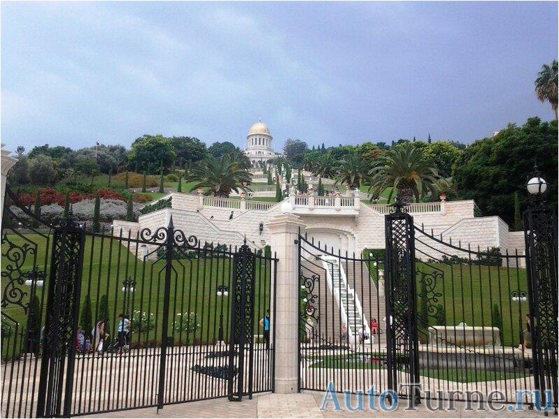 Бахайский-храм-вид-с-нижних-террас